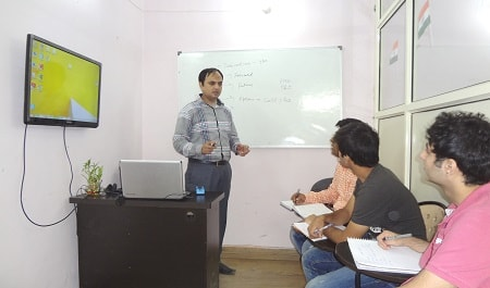 photos of stock market training